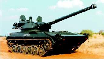 """印度招标300辆轻坦对抗中国15式 各种方案都""""不着调"""""""