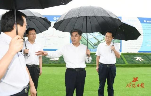 岳亮在兴平市稳增长调研中强调:加快项目建设 抓投资补短板 挖潜扩稳增长