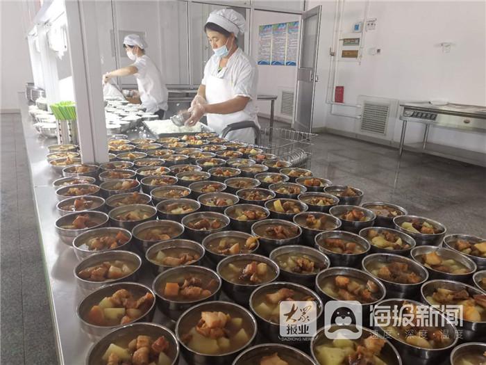 """利津县陈庄镇中学大力推进教学服务""""软"""