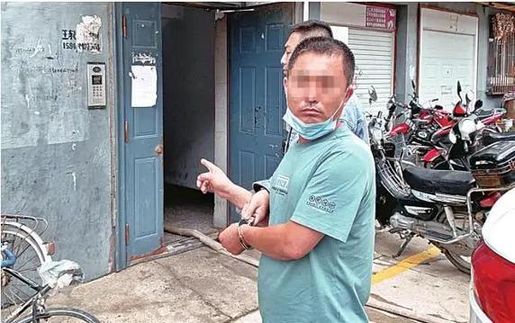 大庆漳州两贼敲门发传单 没人偷
