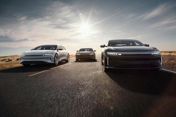 """""""美国小鹏""""Lucid首款量产车发布:8万美元起售 续航里程超800公里"""