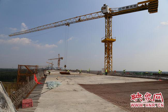 打通豫鲁省界断头路 台辉高速黄河特大桥计划年底建成通车