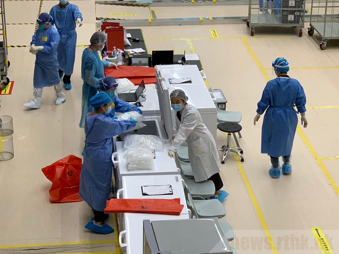 内地检测队队员:为提高效率 有队员穿纸尿裤工作图片