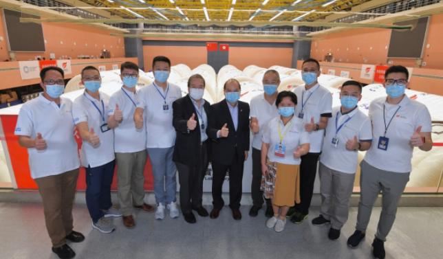 忍辱负重贡献重大!内地医护在香港经历了什么?图片