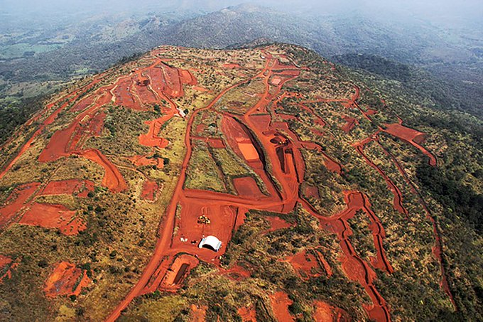 几内亚西芒杜铁矿 图源:交际媒体