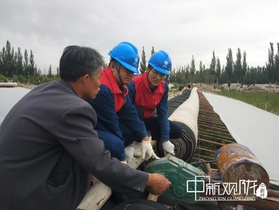 AG体育:瓜州县亲密服务热心的温室种植者