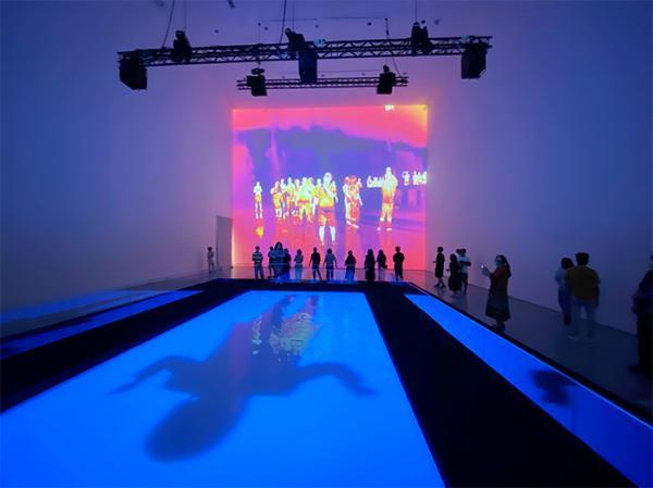 《无形的剧场》:艺术家范勃最大个展开幕