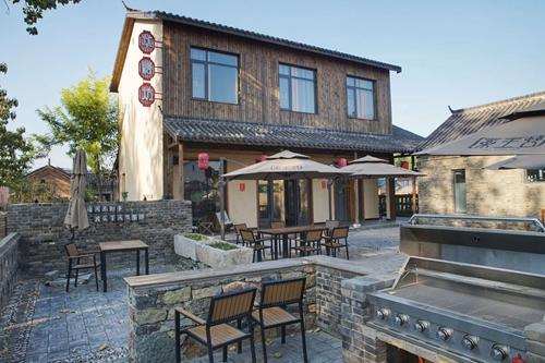 在药王村,已经对外开放的皖北文化民宿村成为旅客的打卡地。李希蒙摄