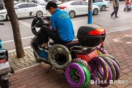 电动车24小时救援服务的王雨欣