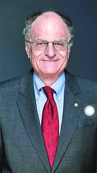 诺贝尔经济学奖得主:用新思路和新技术让世界转危为机