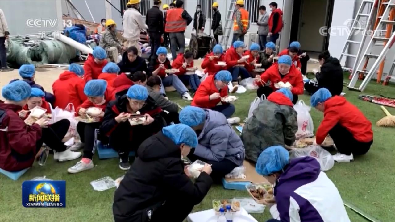 辽宁上海广东支援雷神山医院医疗队:同时间赛跑 与病魔较量图片