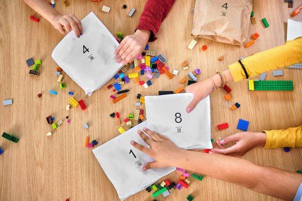 乐高集团将逐步淘汰产品包装盒中的一次性塑料袋