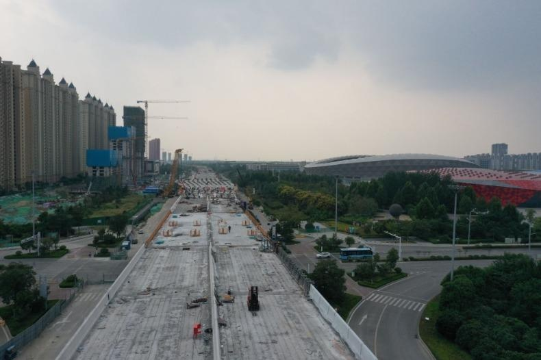 冲刺三季度|济宁内环高架三标段主线桥梁成功合龙