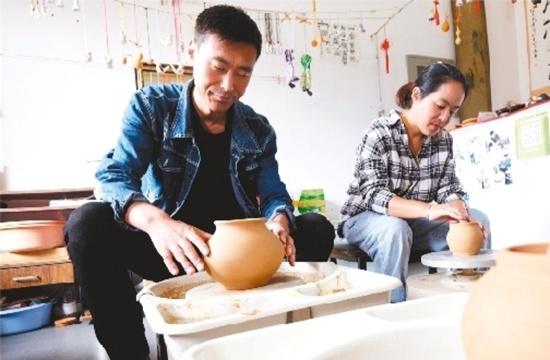 丹东凤城大梨树打造新型农民创业孵化园
