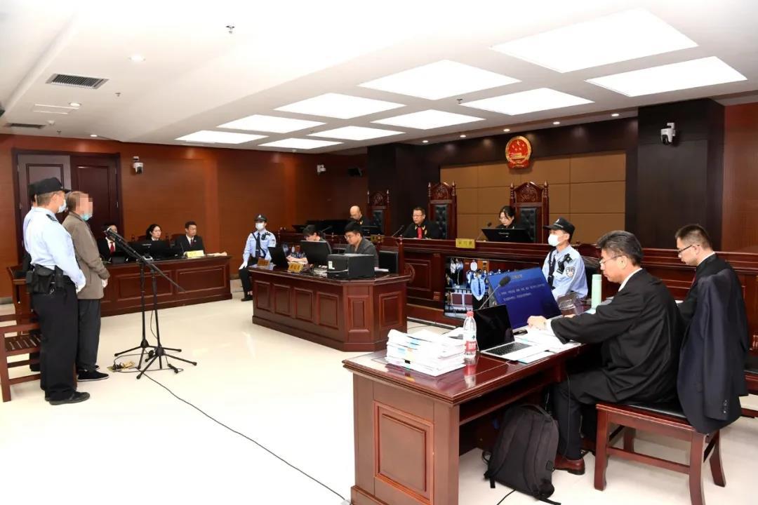 甘肃杨某某暴力伤医案二审开庭 将择期宣判图片