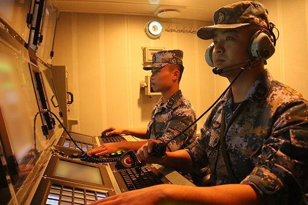 海军组织舰艇开展多课目实战化海上训练