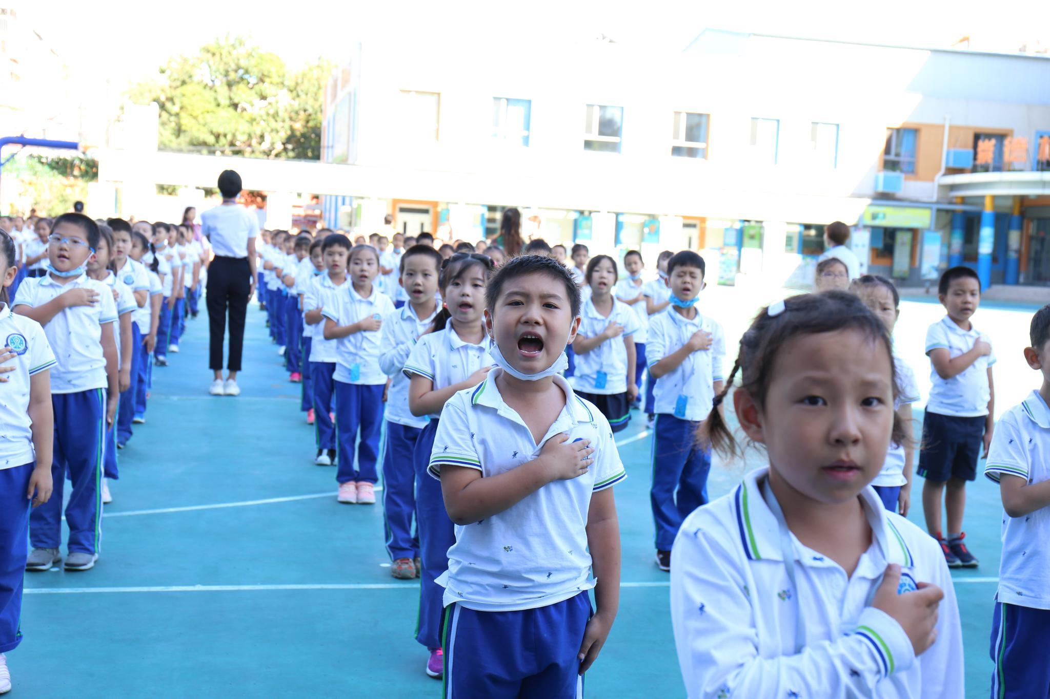 """帮助学生回归校园生活,玉泉小学开设全学科""""引桥课程""""图片"""