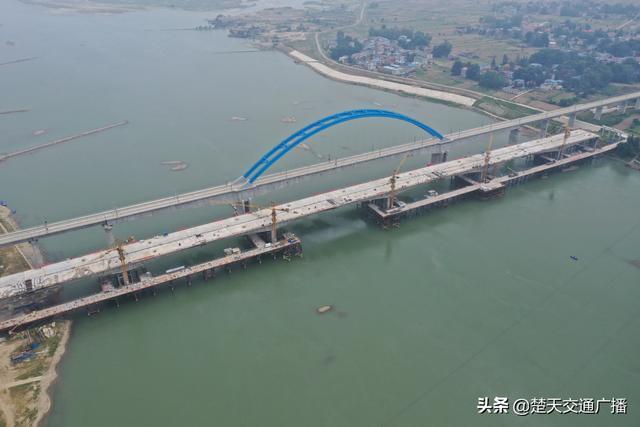襄阳绕城高速公路南段汉江大桥主桥乐城