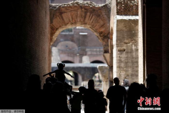 意大利一警局14人确诊被暂时关闭 150名警察被隔离
