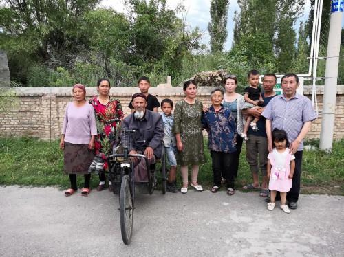 新疆新源县民族团结示范巷里故事多图片