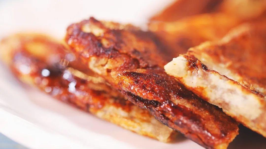 「养生厨房」今日菜品——玫瑰麻酱糖饼