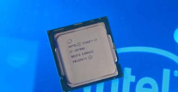 """英特尔""""双C Carry""""有多强?只用水冷酷睿i7-10700K即可超频至6.2GHz"""