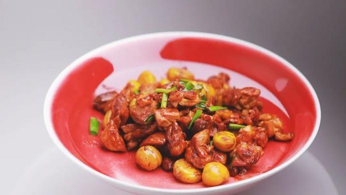 【养生厨房】今日菜品——宫廷栗子鸡