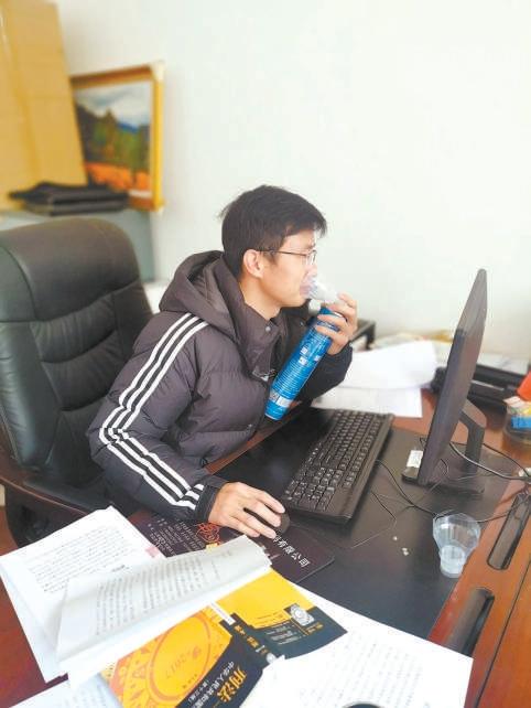 """胡继宗:检察工作像""""接力赛""""一场接着一场图片"""
