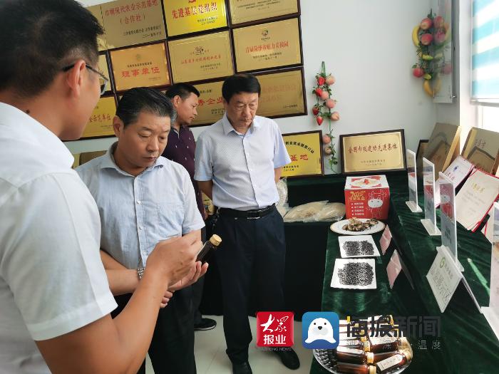菏泽市科技局党组书记、副局长柏立新调研科技扶贫工作