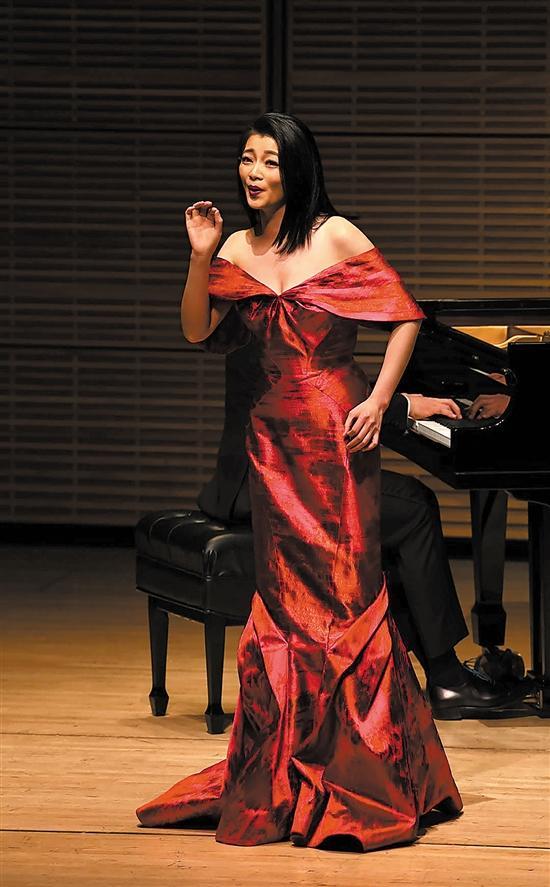 旅美女高音陈泉将推新作,演唱法国作曲家Daniel Auber作品