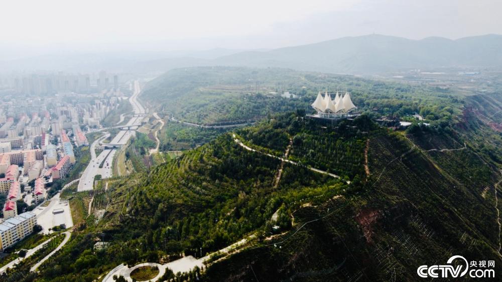 【民族团结党旗红】三江之源也是力量之源图片