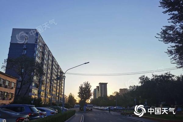 未来三天北京晴朗在线 早晚偏凉需添衣保暖图片