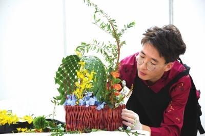 甘肃省花艺行业技能大赛在兰州新区举行