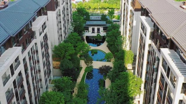 海印龙源西府8月31日交付了第一批房子