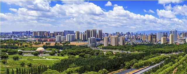 """内蒙古包头:停止""""狩猎"""" 城市中的草原"""