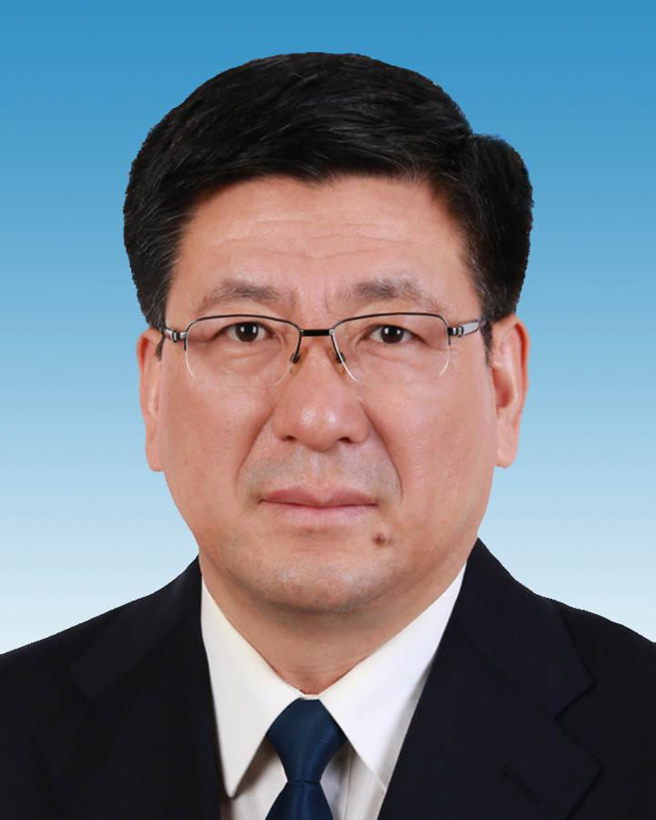 王明山已出任新疆维吾尔自治区党委常委(图/简历)图片