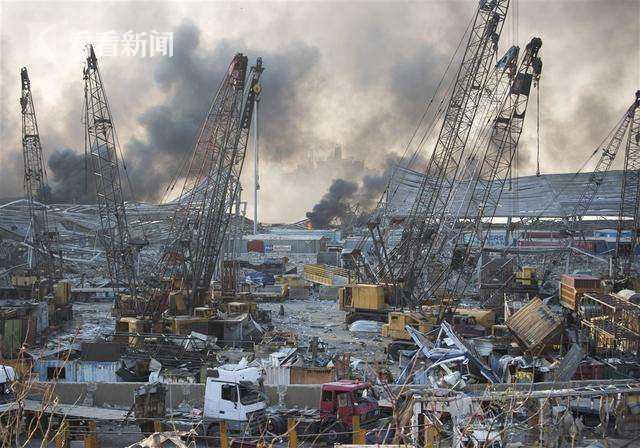 贝鲁特港仓库中发现1.3吨烟花 军方已经将其处理