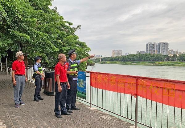 警民联手应对水上突发事件