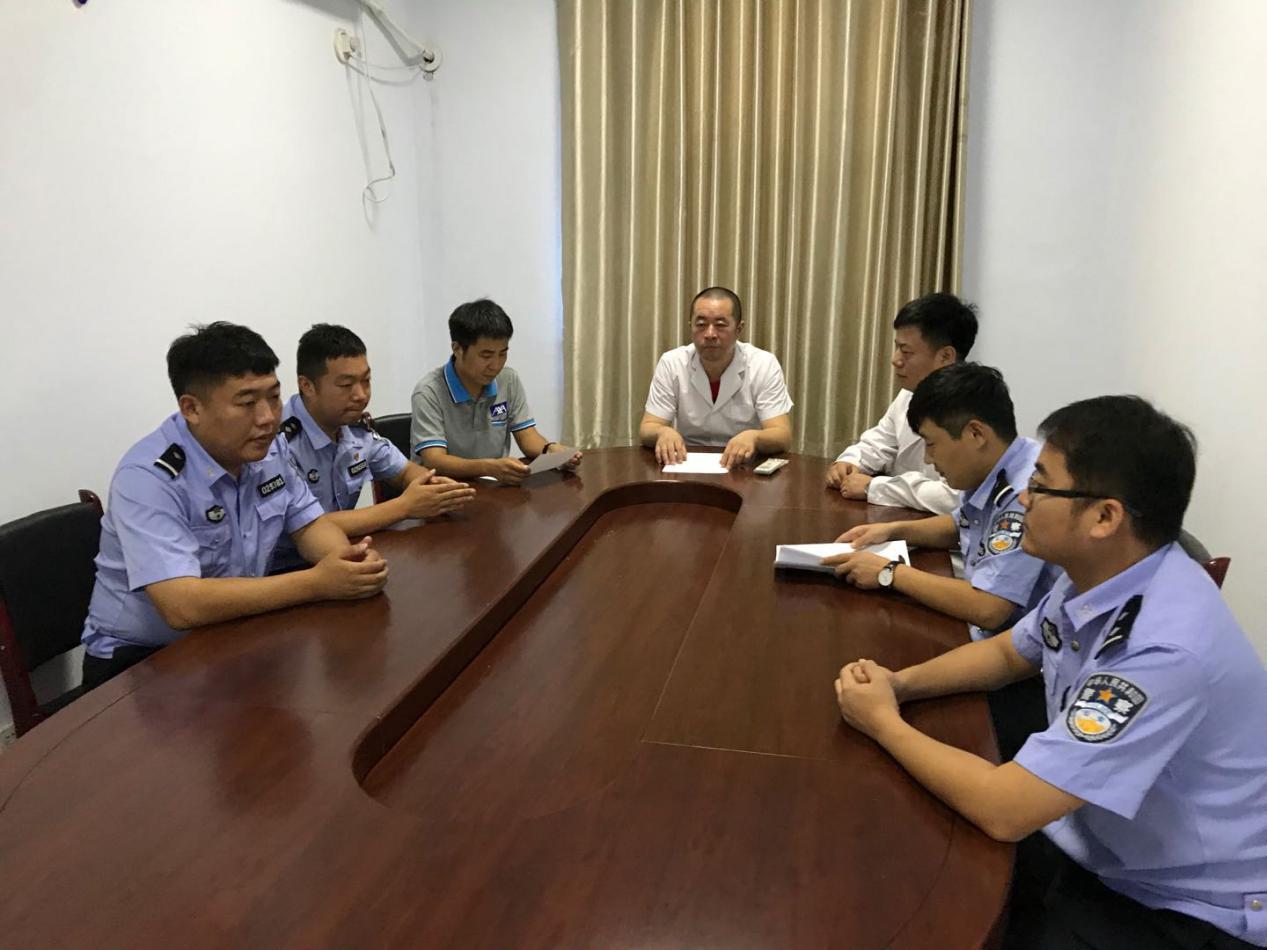 河北邢台七里河新区交警大队事故中队开展事故应急救援培训工作