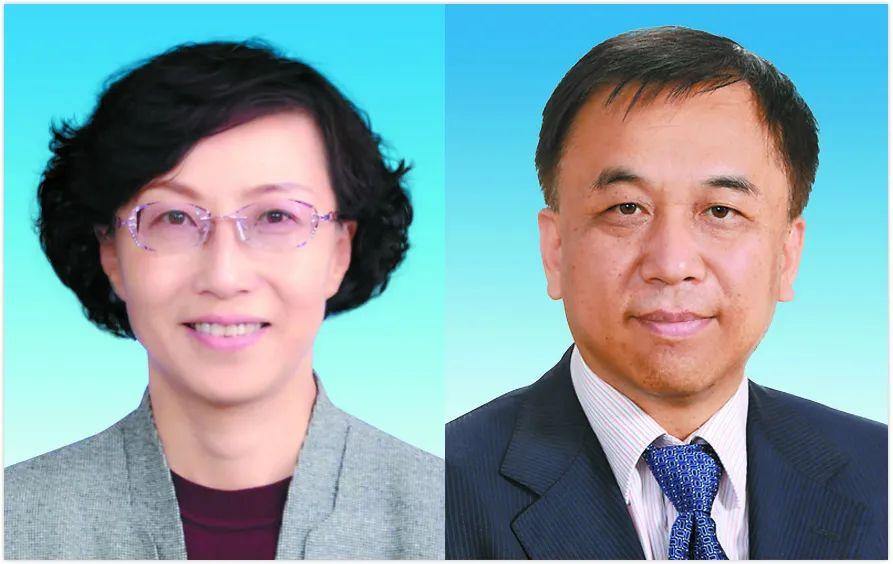 孙红梅(左)、刘苏社图源:新疆日报
