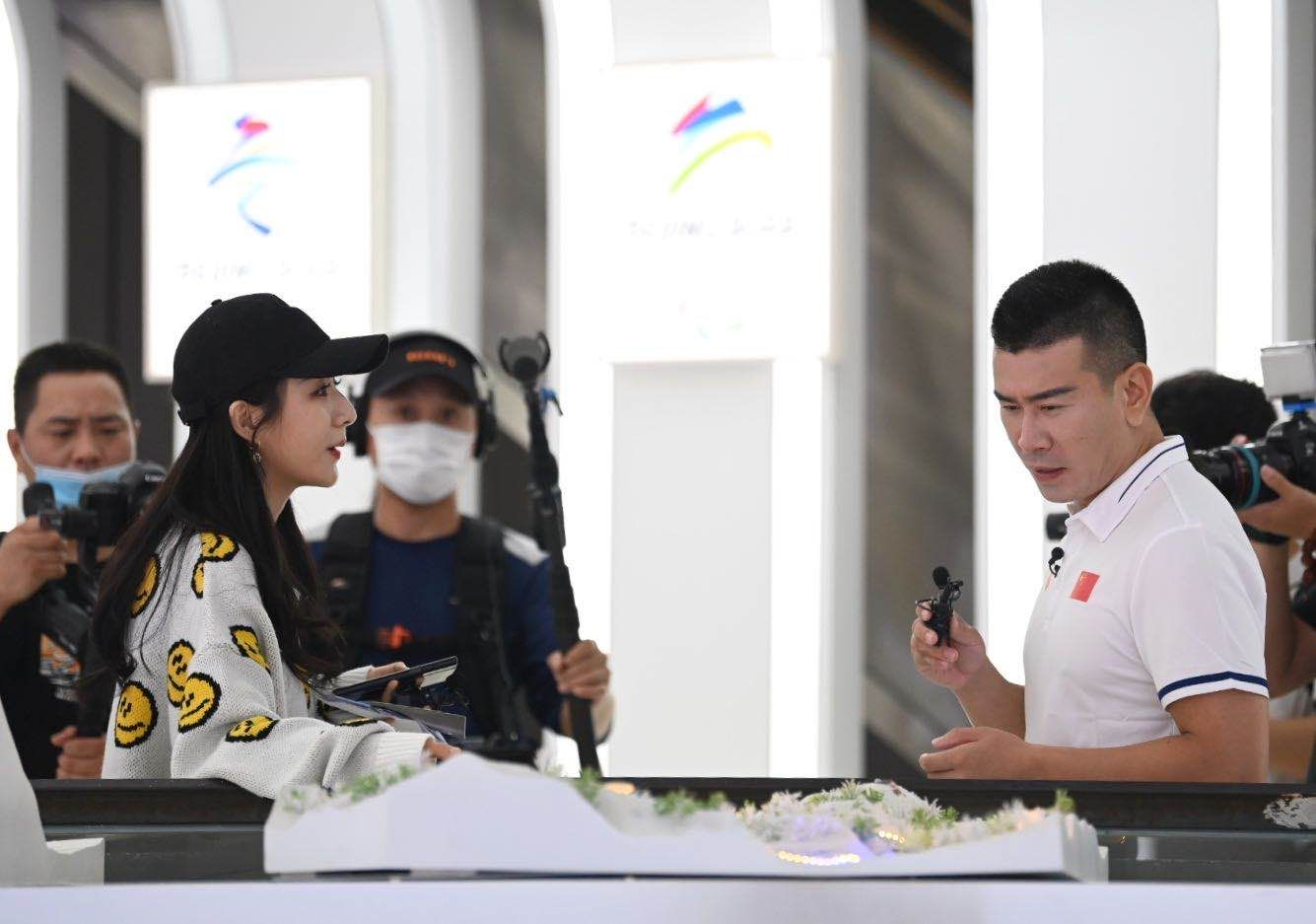 北京冬奥会倒计时500天来临,3位冬奥冠军和薇娅一起直播图片