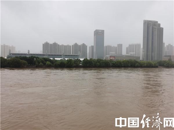 """【西部开发新脉动】废弃泵站变""""网红"""" 黄河之滨会更美"""