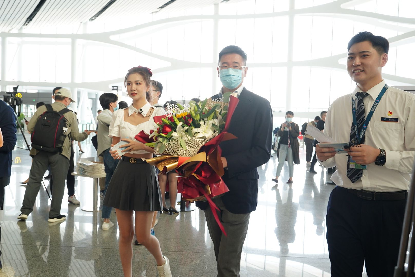 北京大兴机场国内航班全面恢复 年底前有望上线One ID出行功能图片