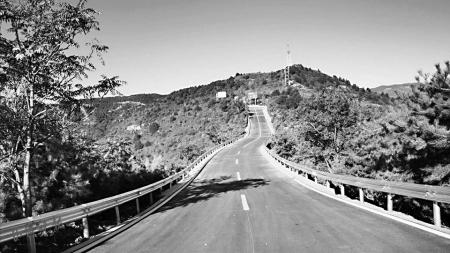 太原西山旅游公路龙山段全线贯通