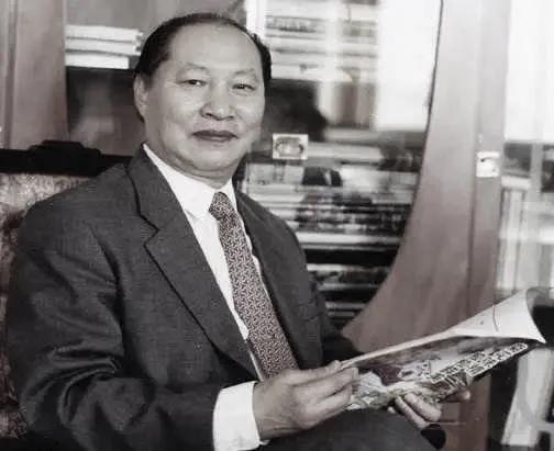 中国经济法学科奠基人、全国杰出资深法学家徐杰去世图片
