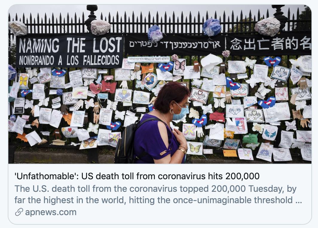 """""""深不可测"""":美国新冠死亡数突破20万。/美联社报道截图"""