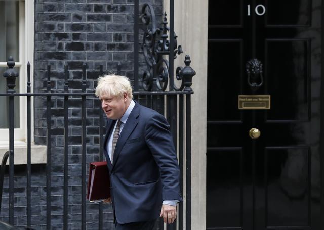 """约翰逊推""""脱欧""""新法案争议不断 欧盟吁""""快停手"""""""