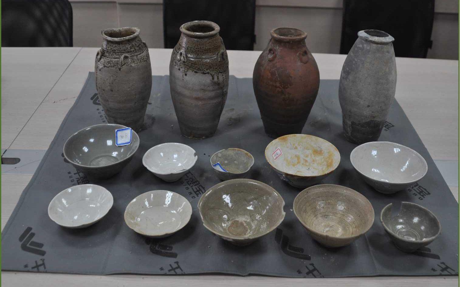 10名A级通缉文物犯罪在逃人员到案 部分西周时期文物被追缴图片