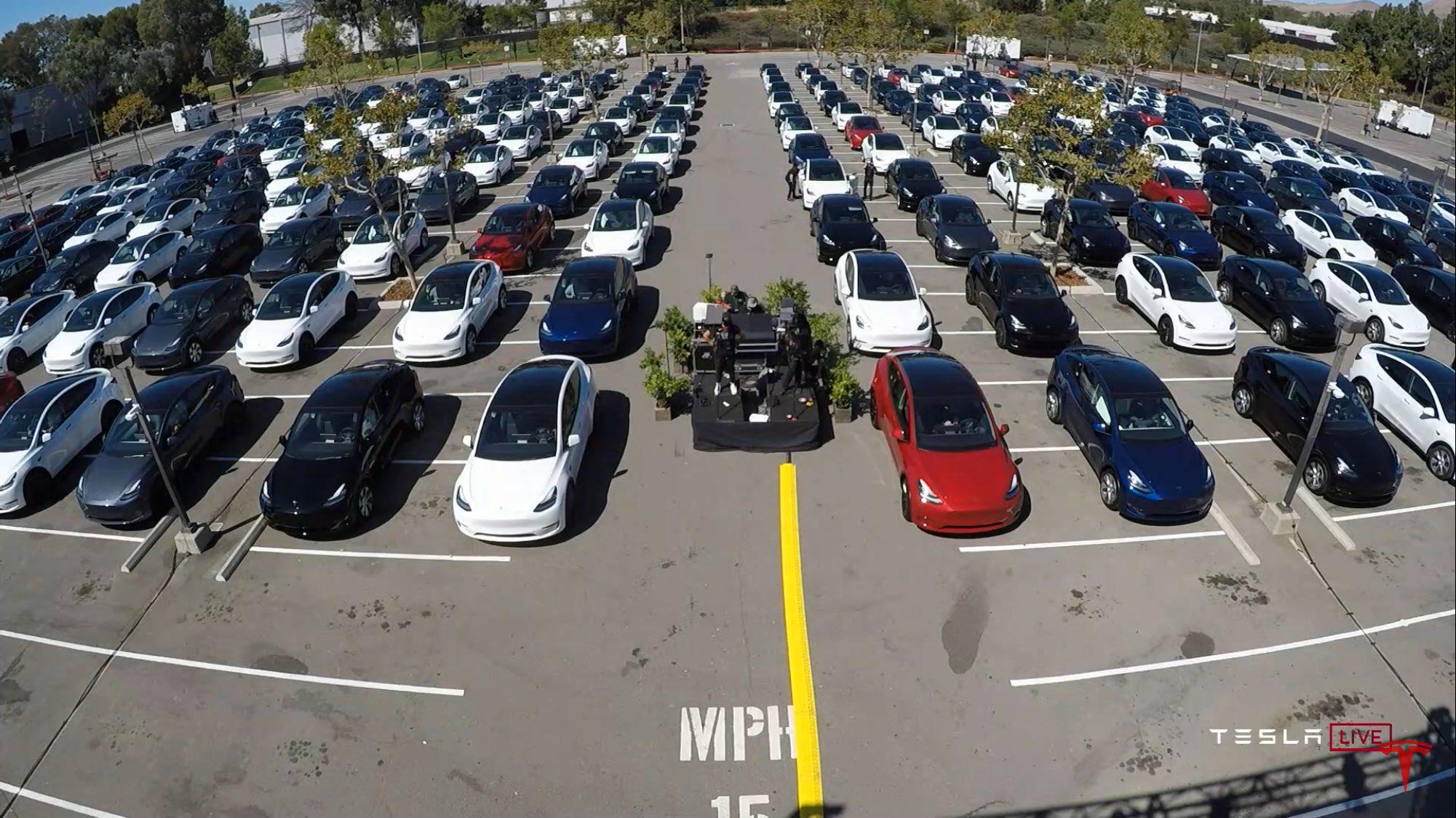 """特斯拉""""电池日"""":入门车型3年后有望降至17万图片"""