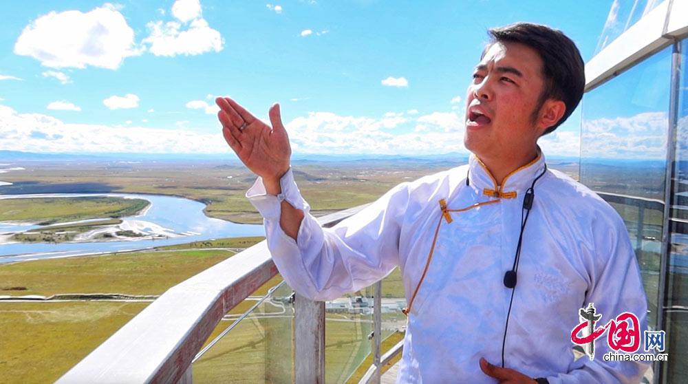 黄河九曲第一湾景区解说员 熊婧飞 中国网记者 佟明月摄
